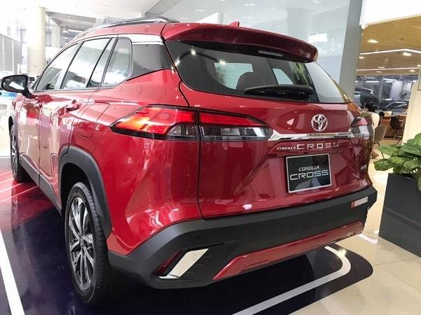 cum den sau Toyota Corolla Cross 2021