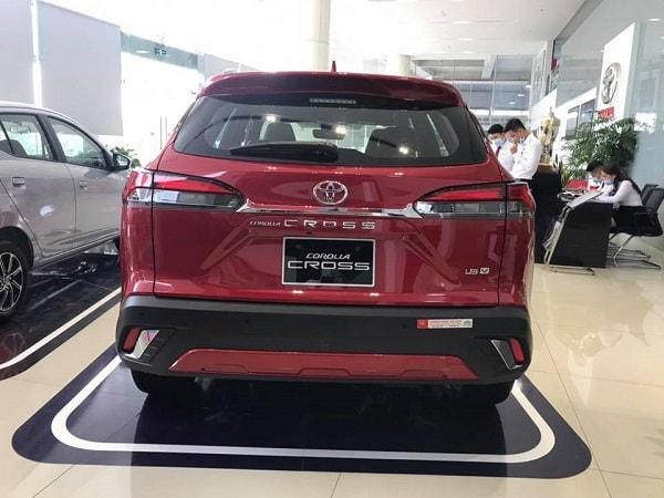 duoi xe Toyota Corolla Cross 2021