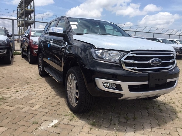so-sanh-everest-ambiente-va-fortuner