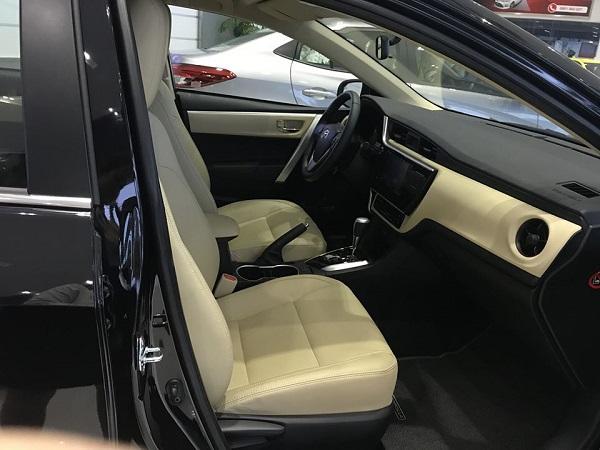 taplo Toyota Corolla Altis 2021 mau den