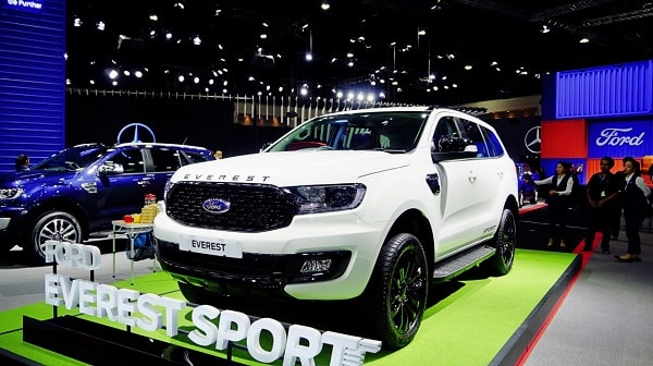 gia-xe-ford-everest-sport-2021