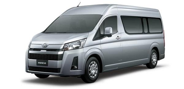 gia-xe-toyota-hiace-2021