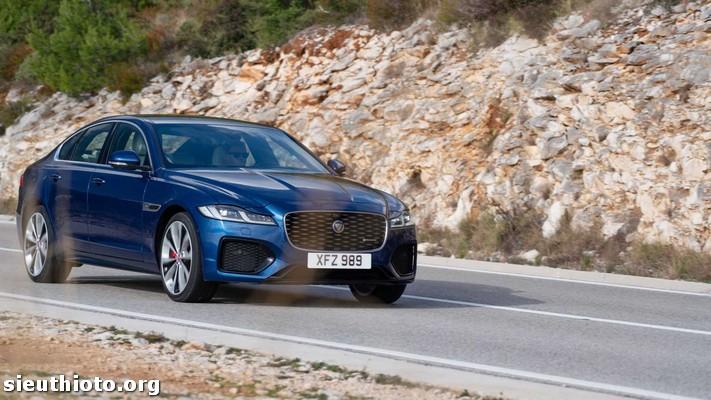 2021 jaguar xf front 6